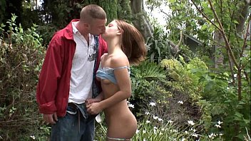 YOUNG SPORTY GIRL GAVE A BLOWJOB IN THE WOODS AFTER A RUN - PUBLIC BLOWJOB