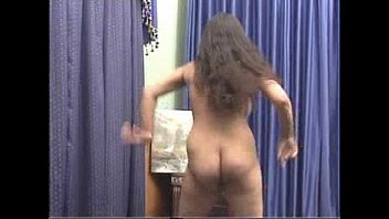 EROTIC DANCE when gwtting out of the shower for my webcam